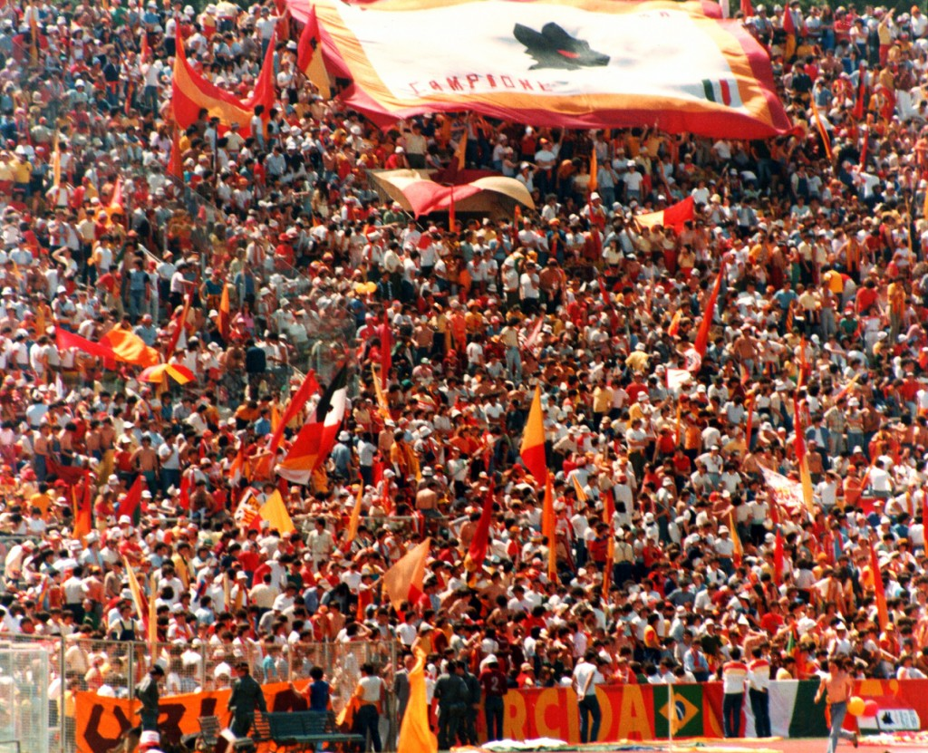 Image result for roma olimpico fans