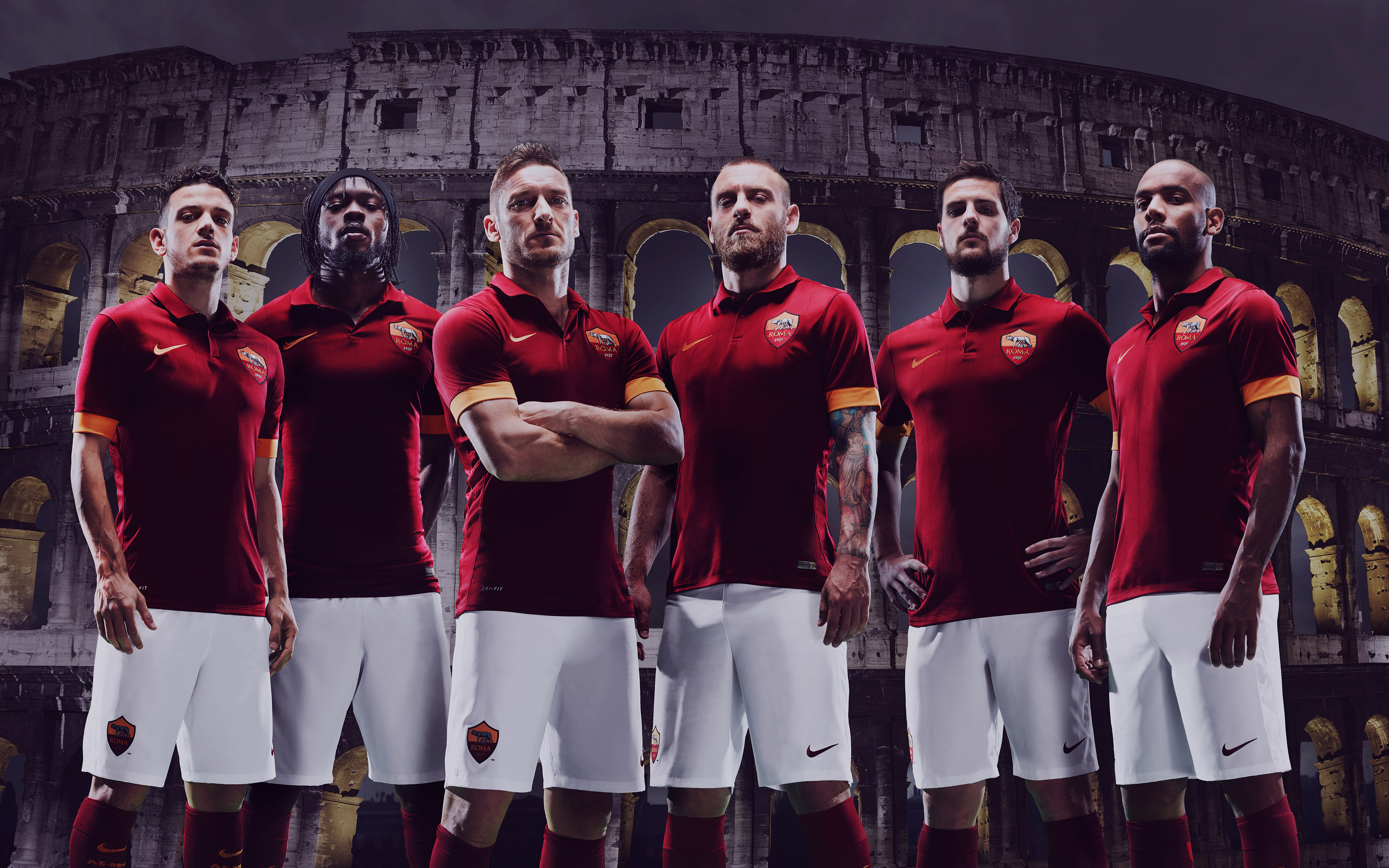 Roma_nikejerseutotticoleso14