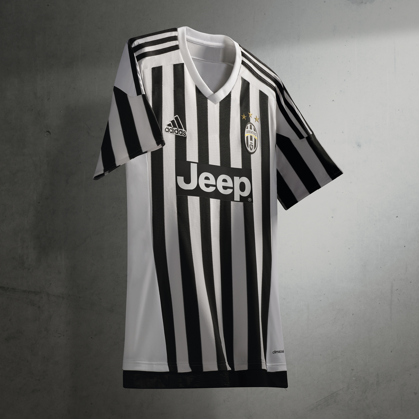 Juventus Unveil New Kits For 2015 16 Forza27